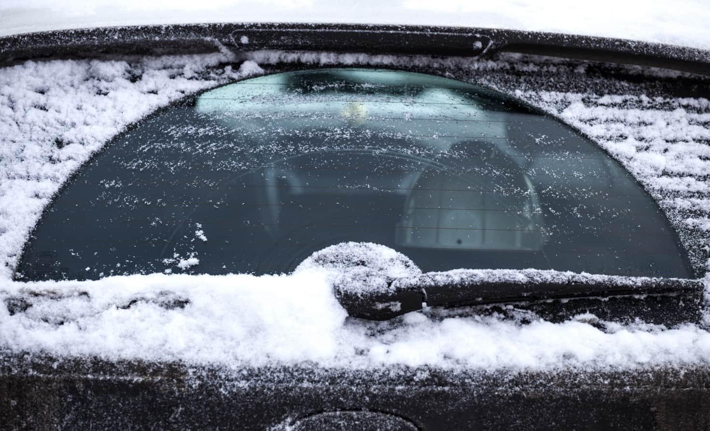 Cambiare tergicristalli è fondamentale per permetterti di guidare in sicurezza