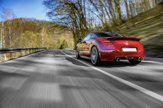 auto rossa pneumatici estivi bologna gomme