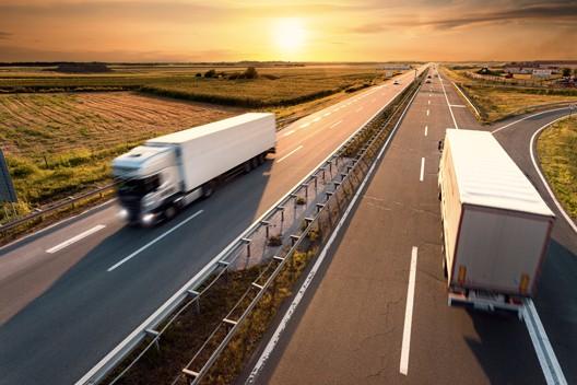 truck autostrada pneumatici