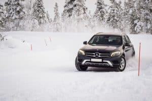 mercedes Gls sulla neve