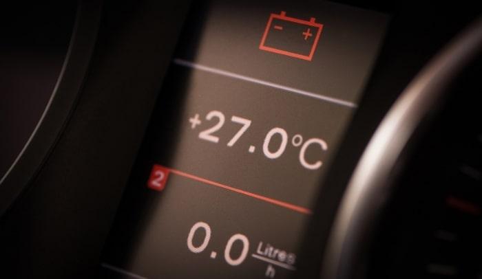 spia accesa batteria auto