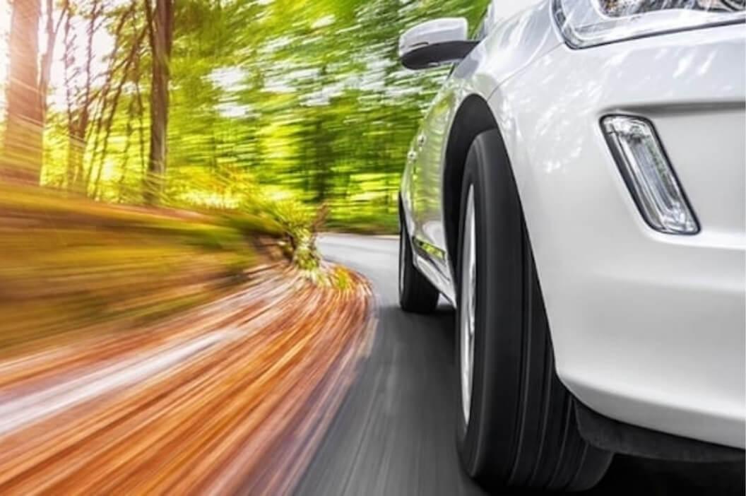 pneumatici per auto in autunno